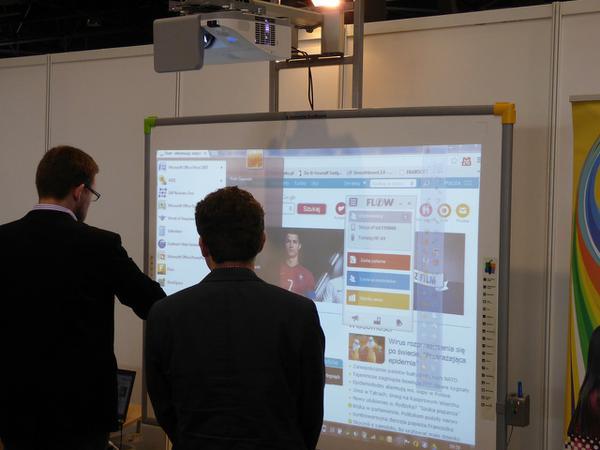 interaktywne monitory dla szkoły